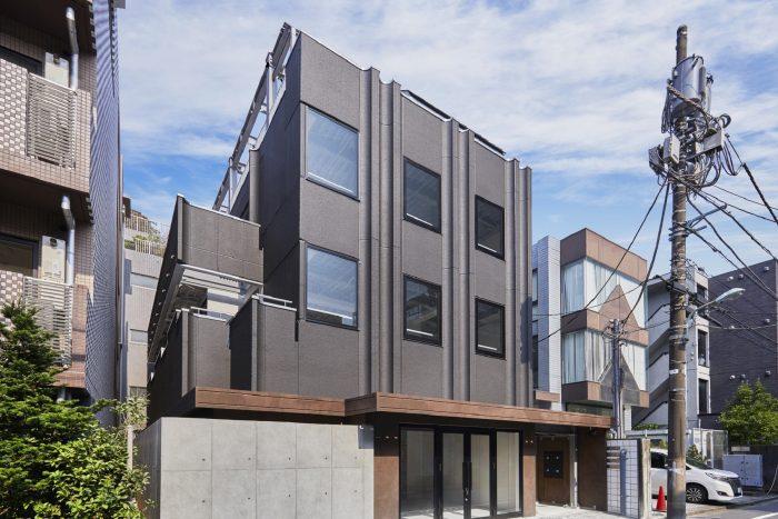 耐震補強・増築などビル適法化による資産価値向上後、 大手企業へ売却する「一時保有型建物再生事業」を開始