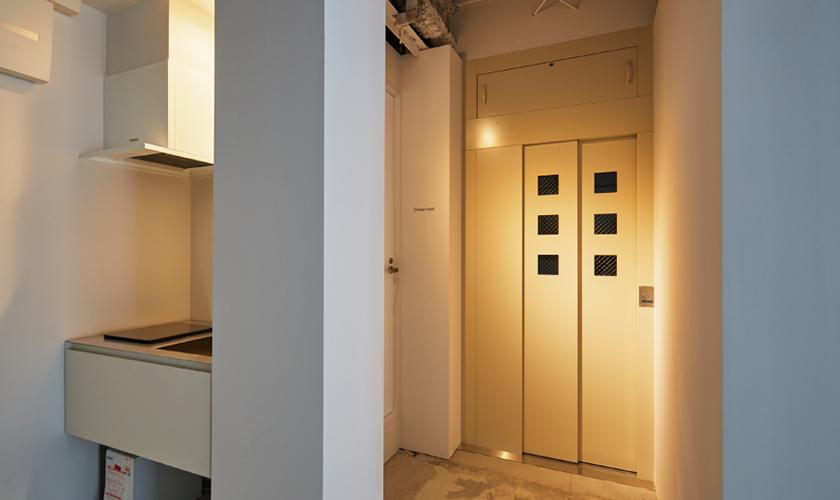Elevator, kitchenette