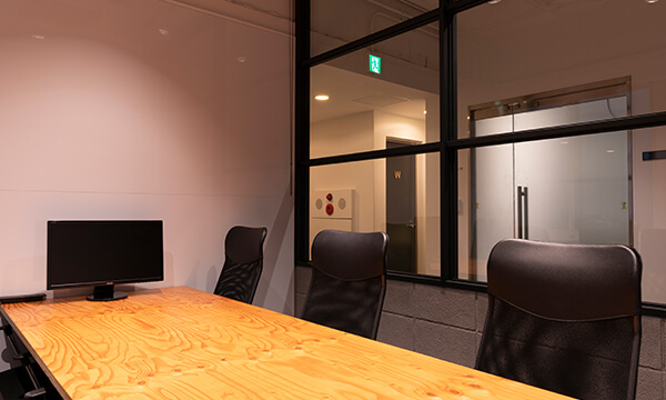7F MEETING ROOM